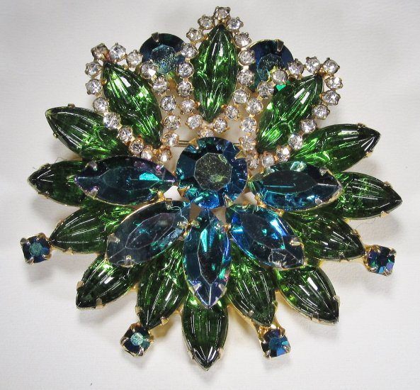 Aurora Borealis & Molded Glass Stone Brooch WC-142 - Click Image to Close