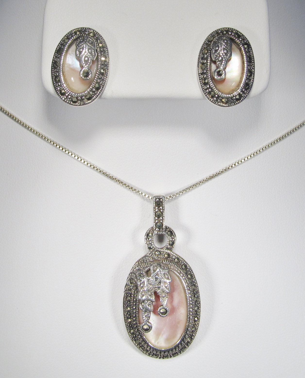 b5514940122bd Sterling Silver & Mother of Pearl Necklace & Earring Set WC-181 ...